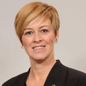 Cynthia Martineau
